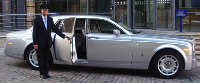 Need to rent a chauffeur car in Melbourne?